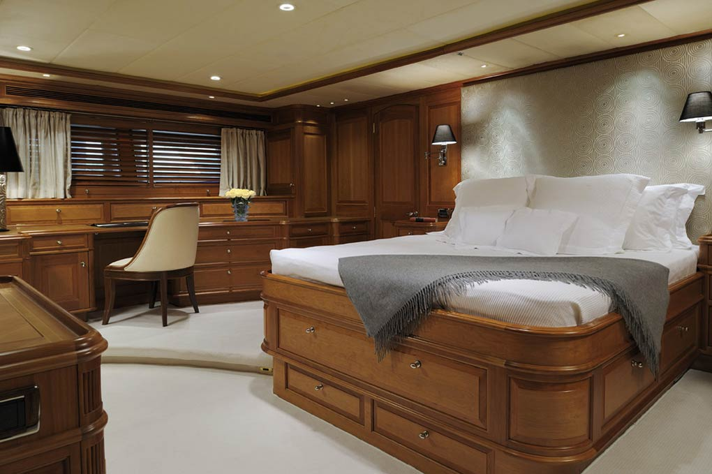 Master bedroom on a yacht for charter S/Y Drumbeat