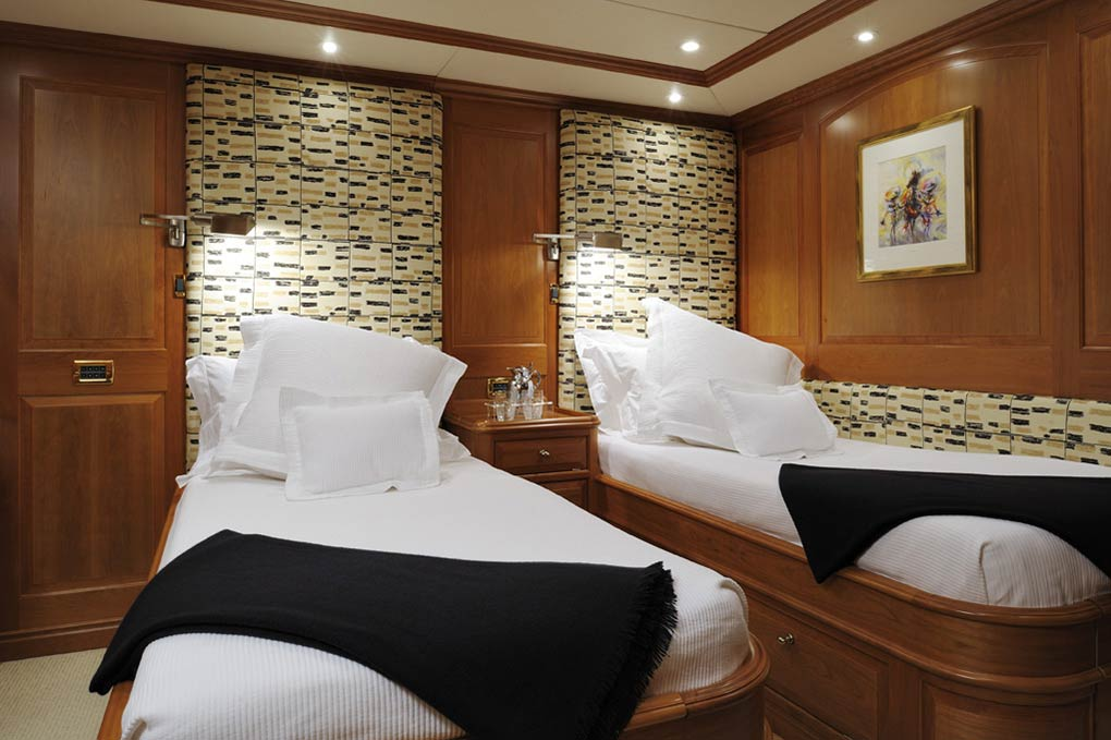 Twin bedroom on a yacht for charter S/Y Drumbeat