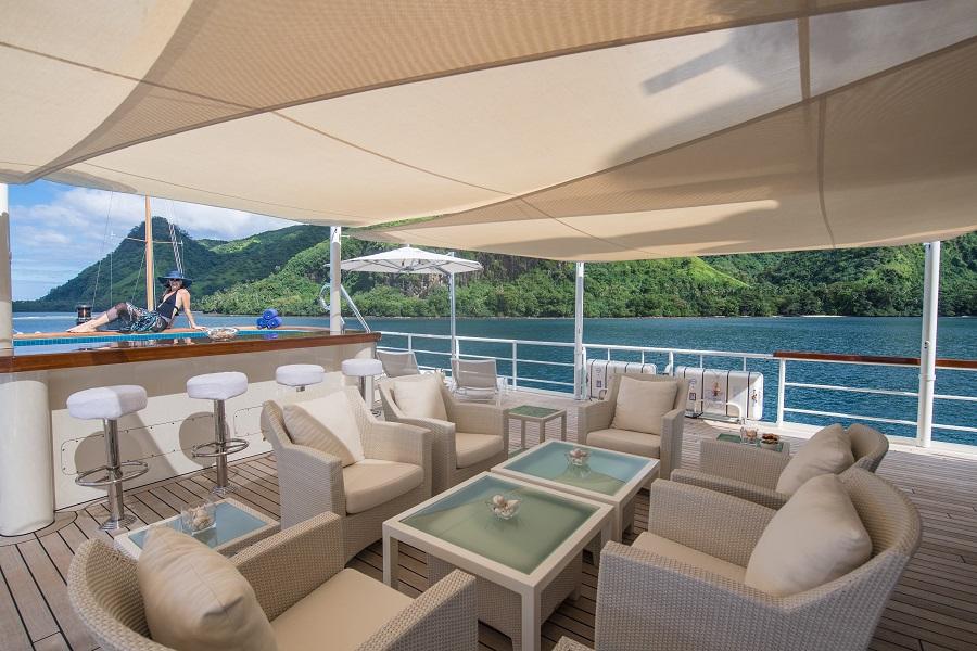 seawolf luxury charter