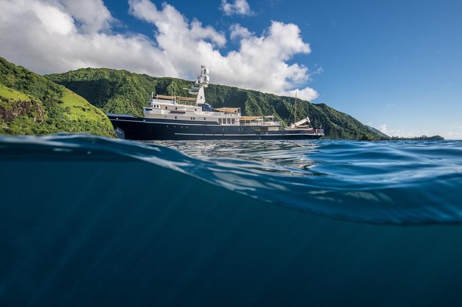 charter luxury motor yacht seawolf