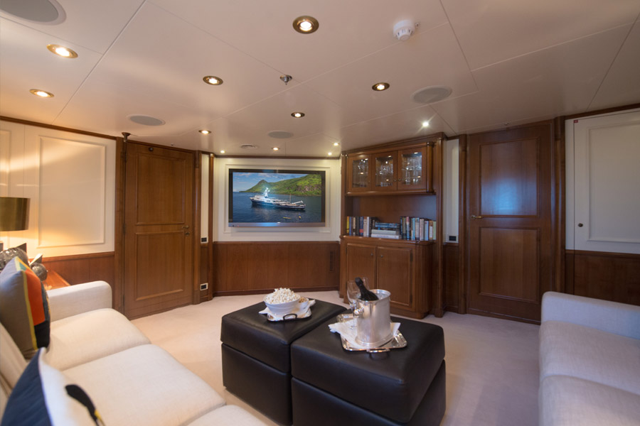 m/y seawolf luxury yacht for charter