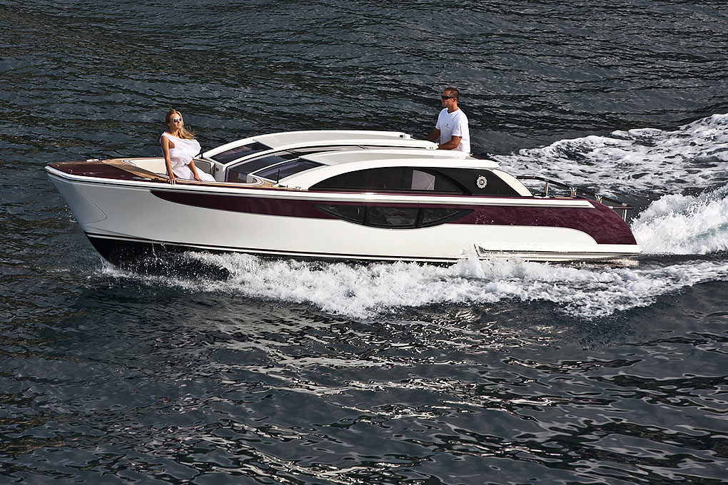 Deck boat of a yacht for charter M/Y Quite Essential