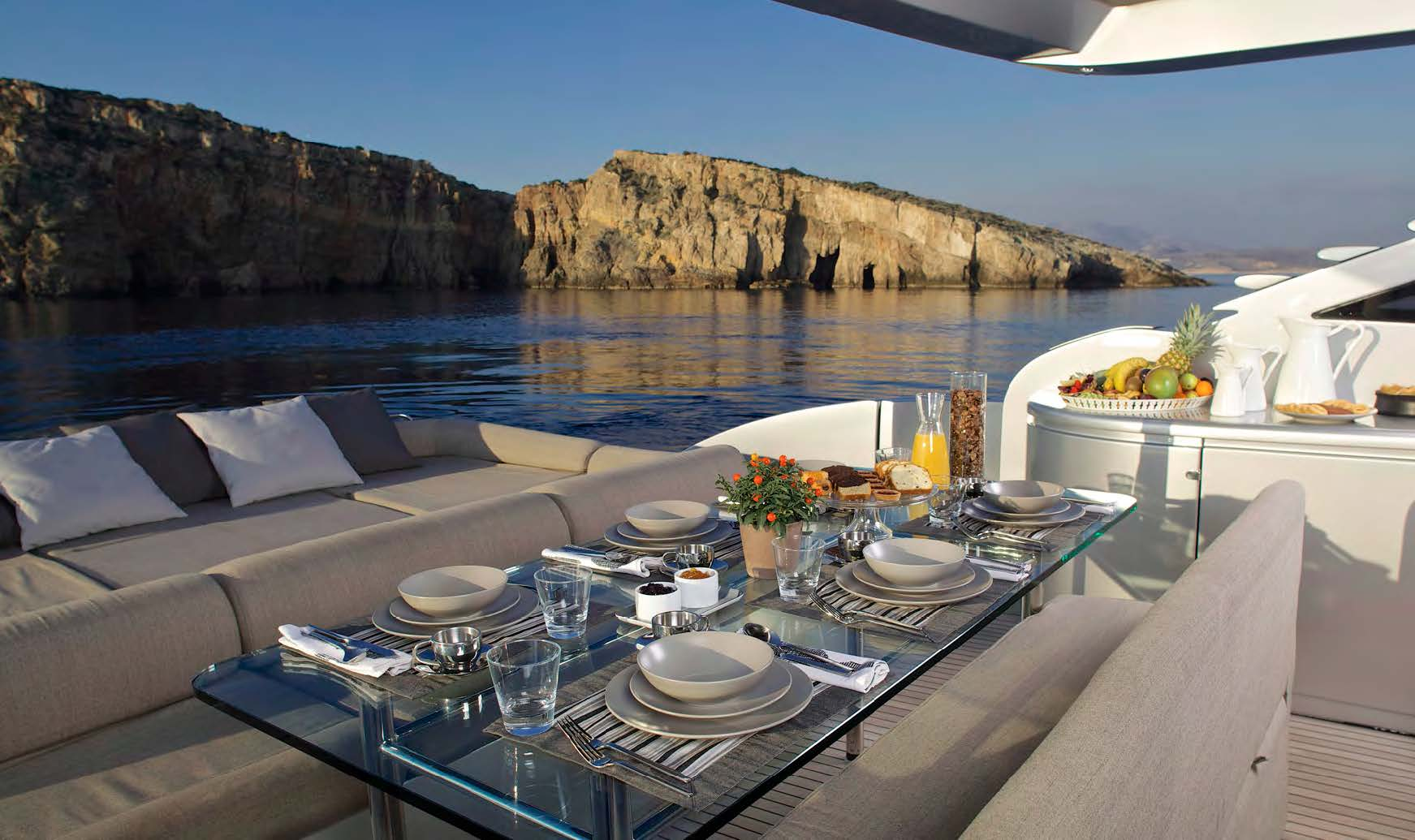 SOLARIS luxury yacht sales