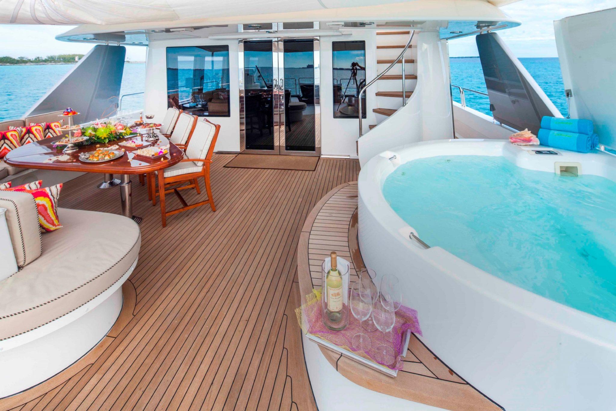 AMITIE Luxury Yacht Charter