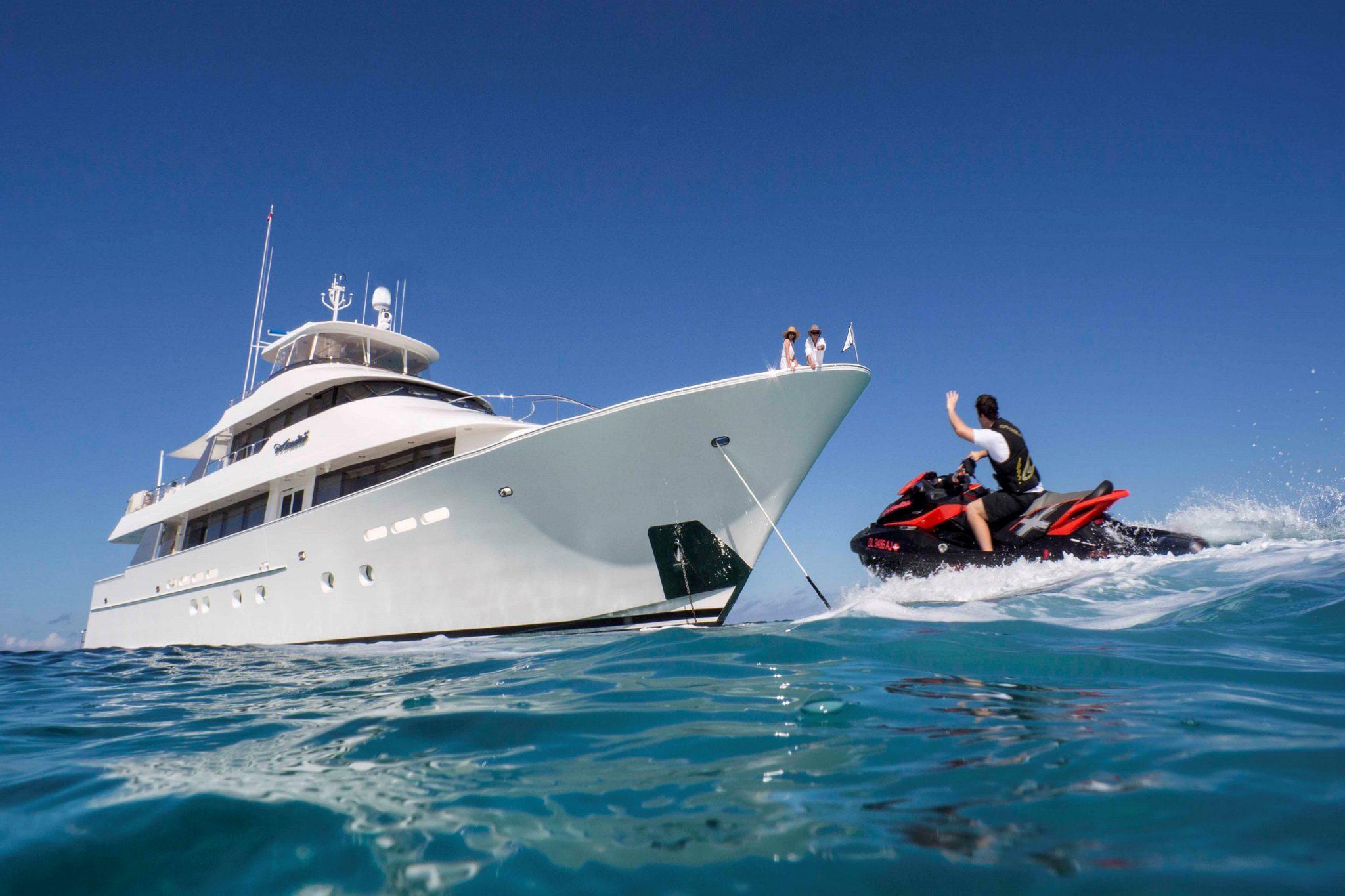 MY AMITIE Luxury Yacht Charter Monaco