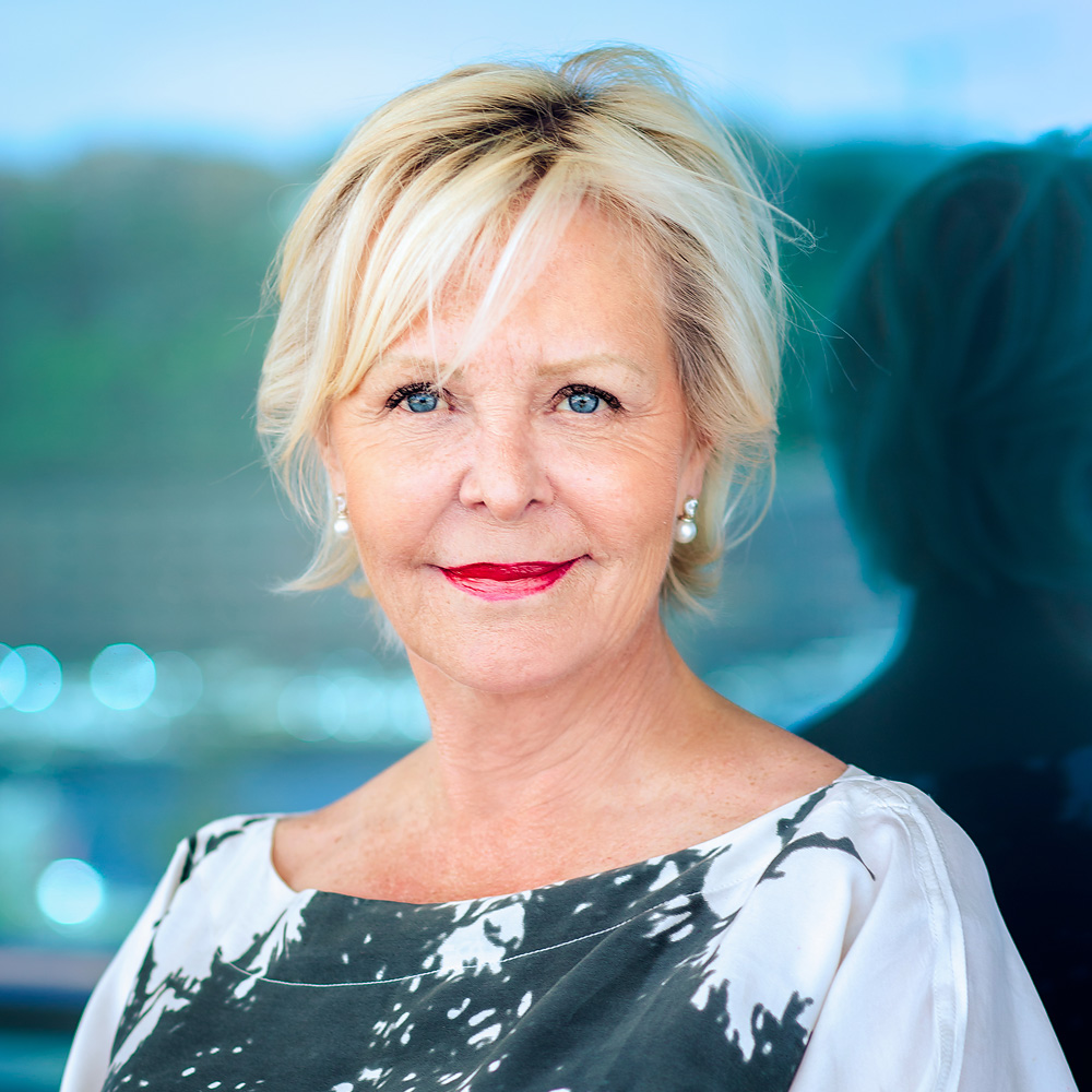 Kristen Ringsing Yacht Charter Broker Fort Lauderdale USA