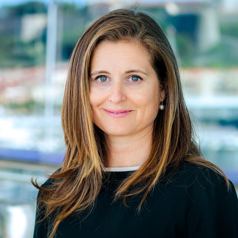 Paola-Scalabrino-Yacht-charter-broker-Fort-Lauderdale-USA