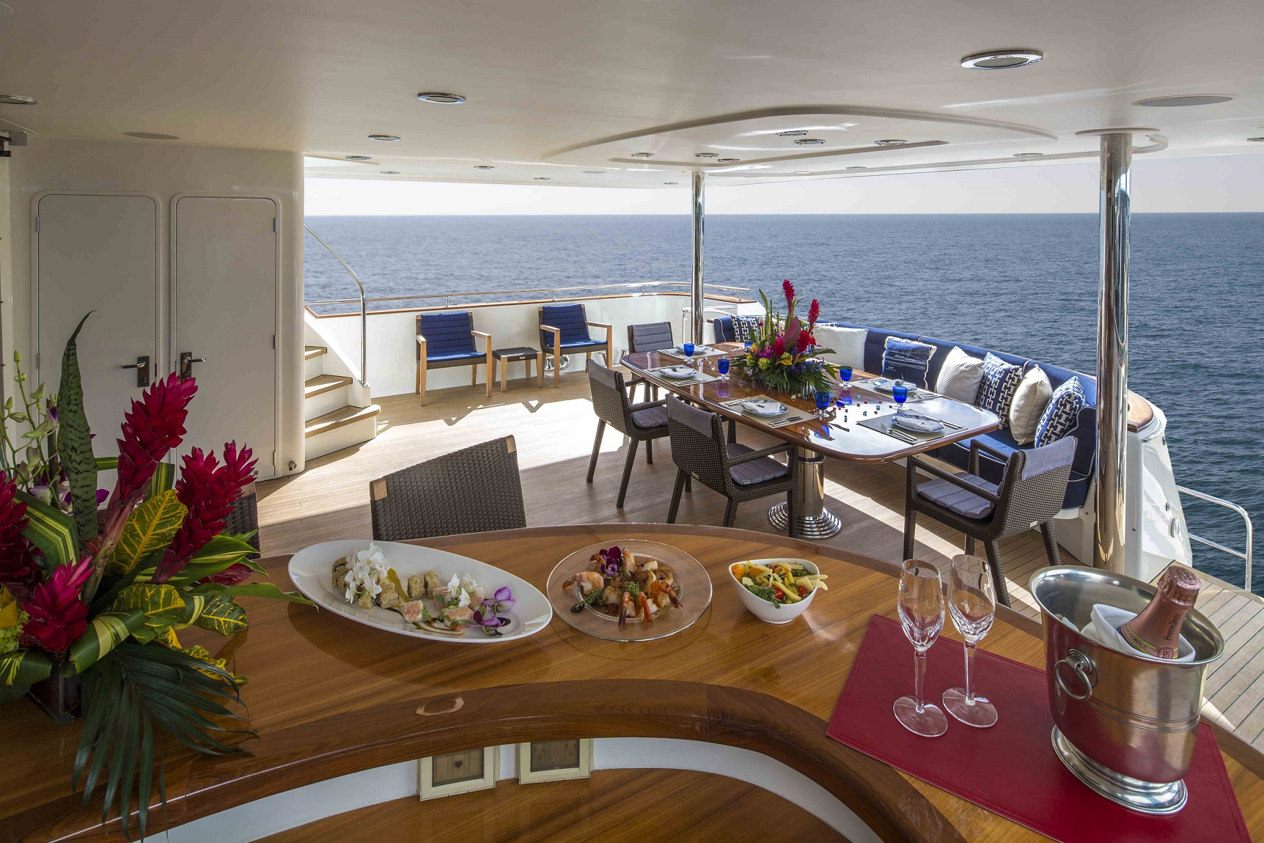 plan a yacht for charter deck bar