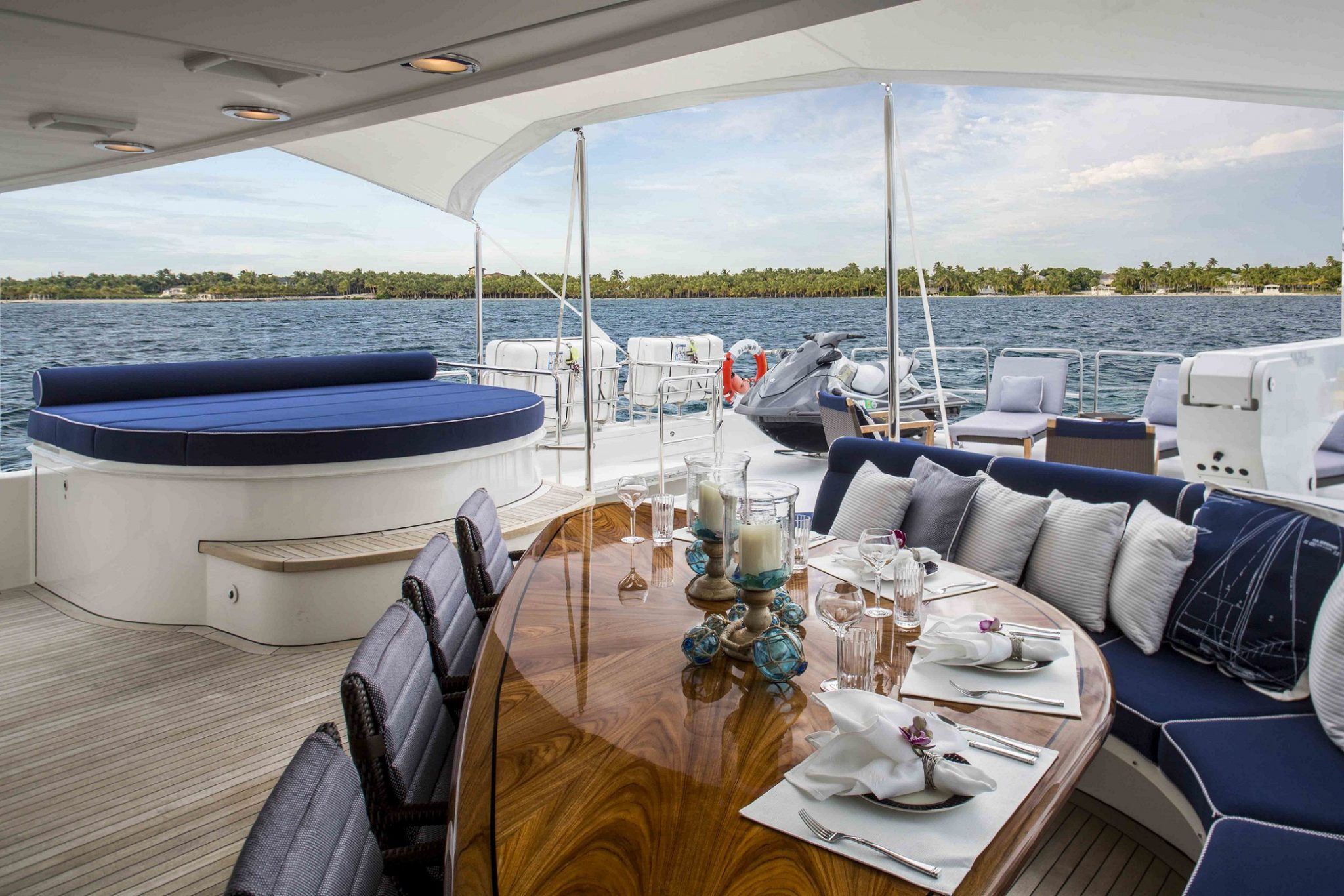 plan a yacht for charter outdoor table