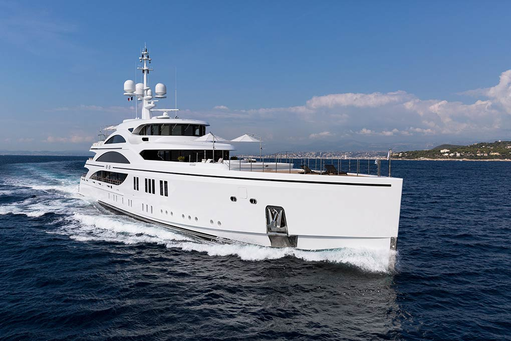 M/Y 11.11 yacht for charter