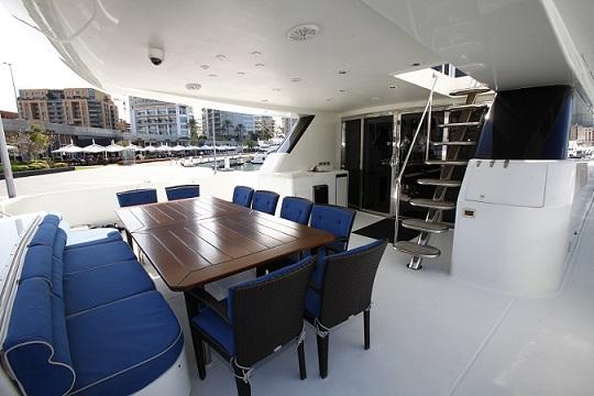 TAMTEEN Yachtzoo Luxury motor yacht sales Fort Lauderdale