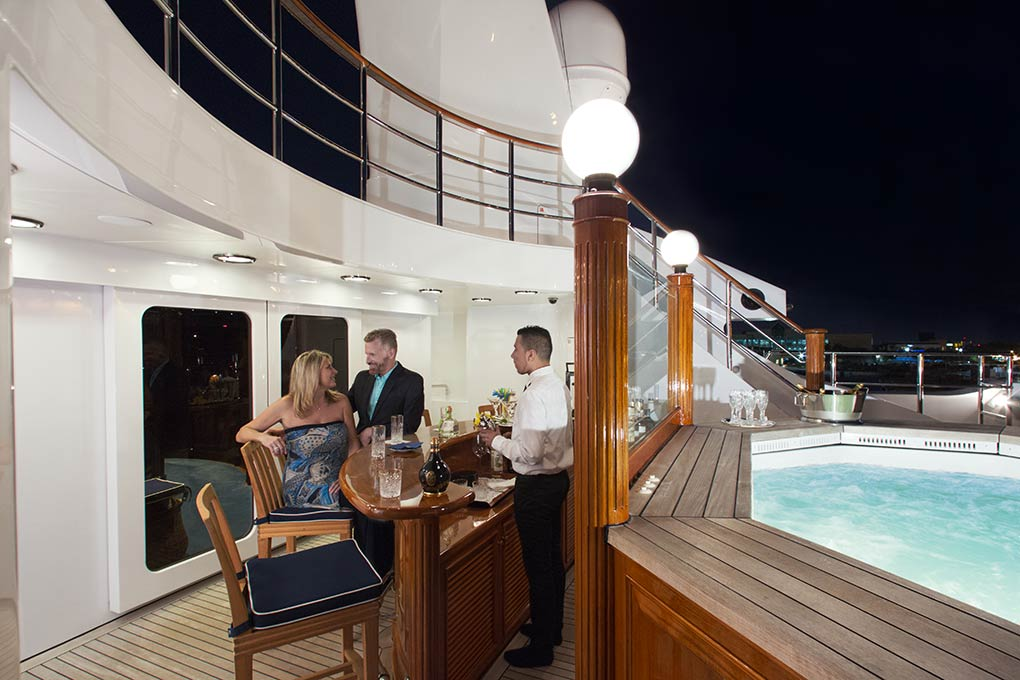 Bar area on yacht for charter M/Y FREEDOM