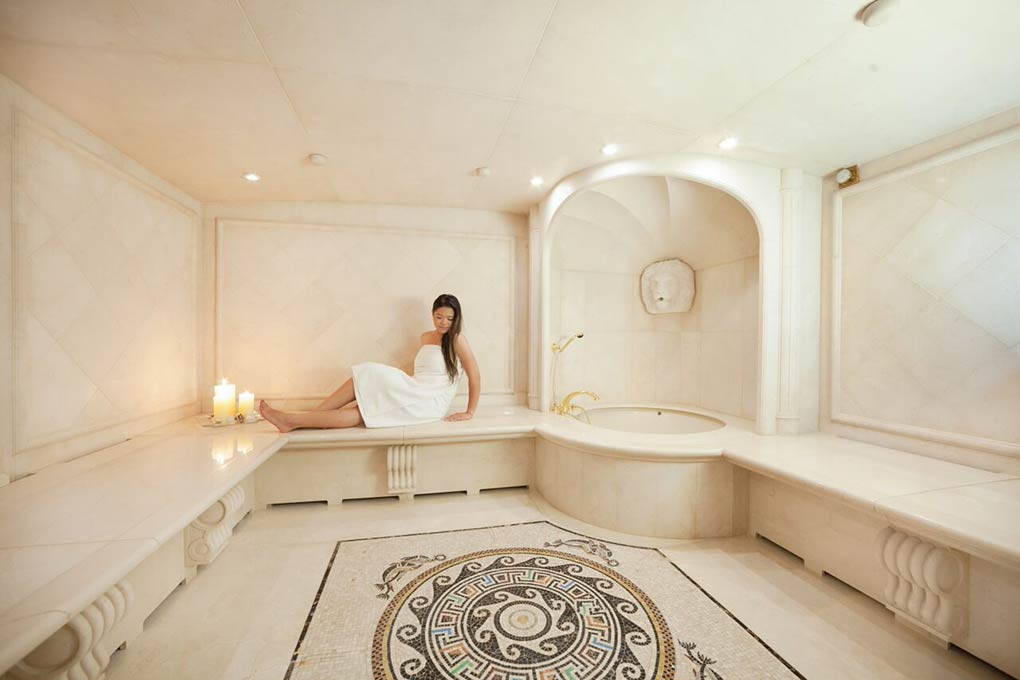private spa on M/Y FREEDOM