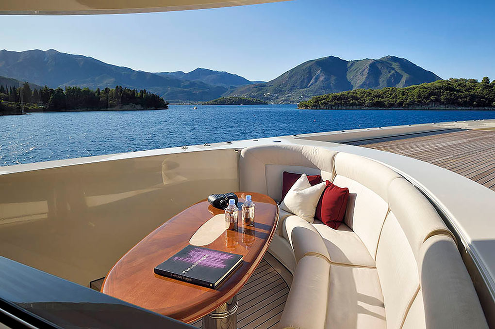 M/Y ANNA I Motor Yacht for Sale I YACHTZOO I Luxury Yacht Brokerage
