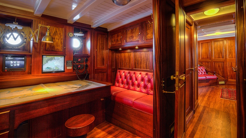 private cabin on a yacht for charter S/Y TRINAKRIA