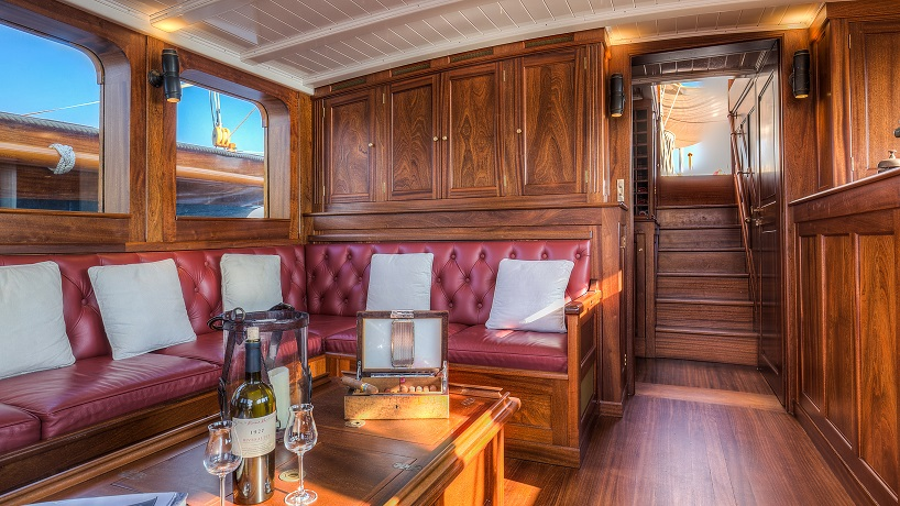 Lounge area on S/Y TRINAKRIA yacht for charter