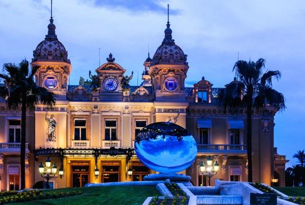 Montecarlo Casino luxury yacht charter Monaco
