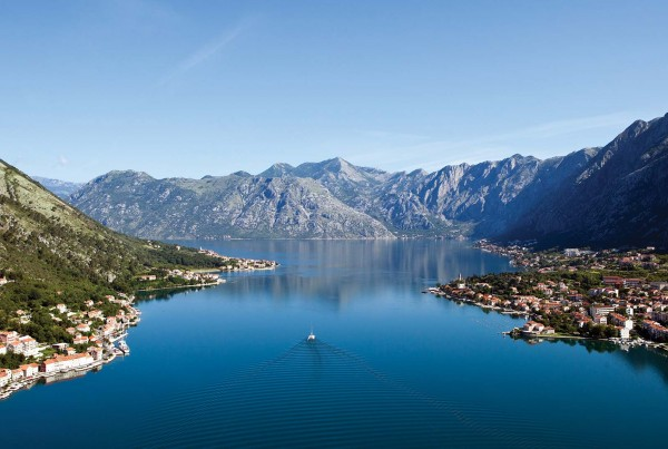 Enjoy a luxury yacht charter Montenegro