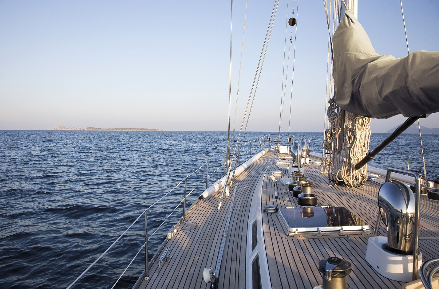 S/Y CYCLOS II yacht for charter deck