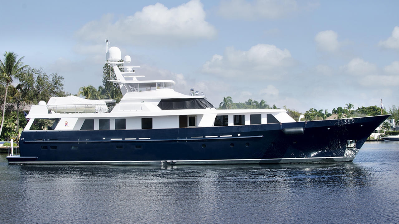 M/Y GRUMPY sold with YACHTZOO