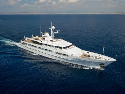 M/Y O'NATALINA yacht for charter