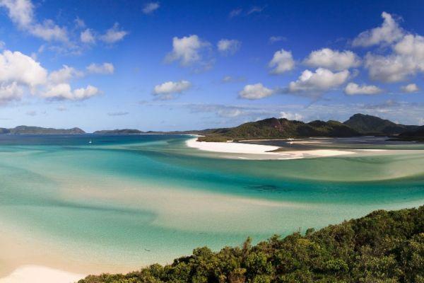 Whitsunday Islands on a Whitsunday Yacht Charter