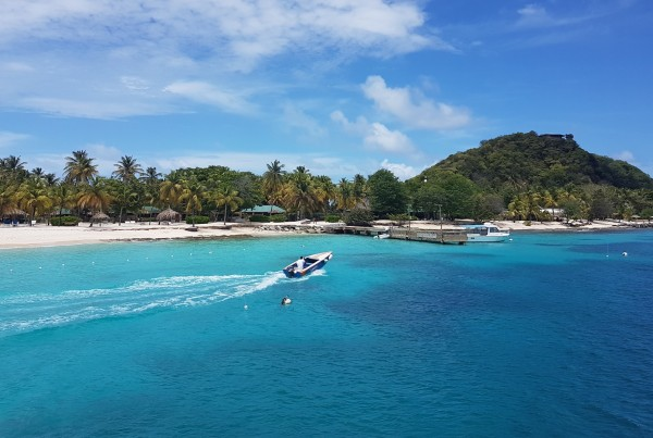 luxury yacht charters St Vincent and Grenadines