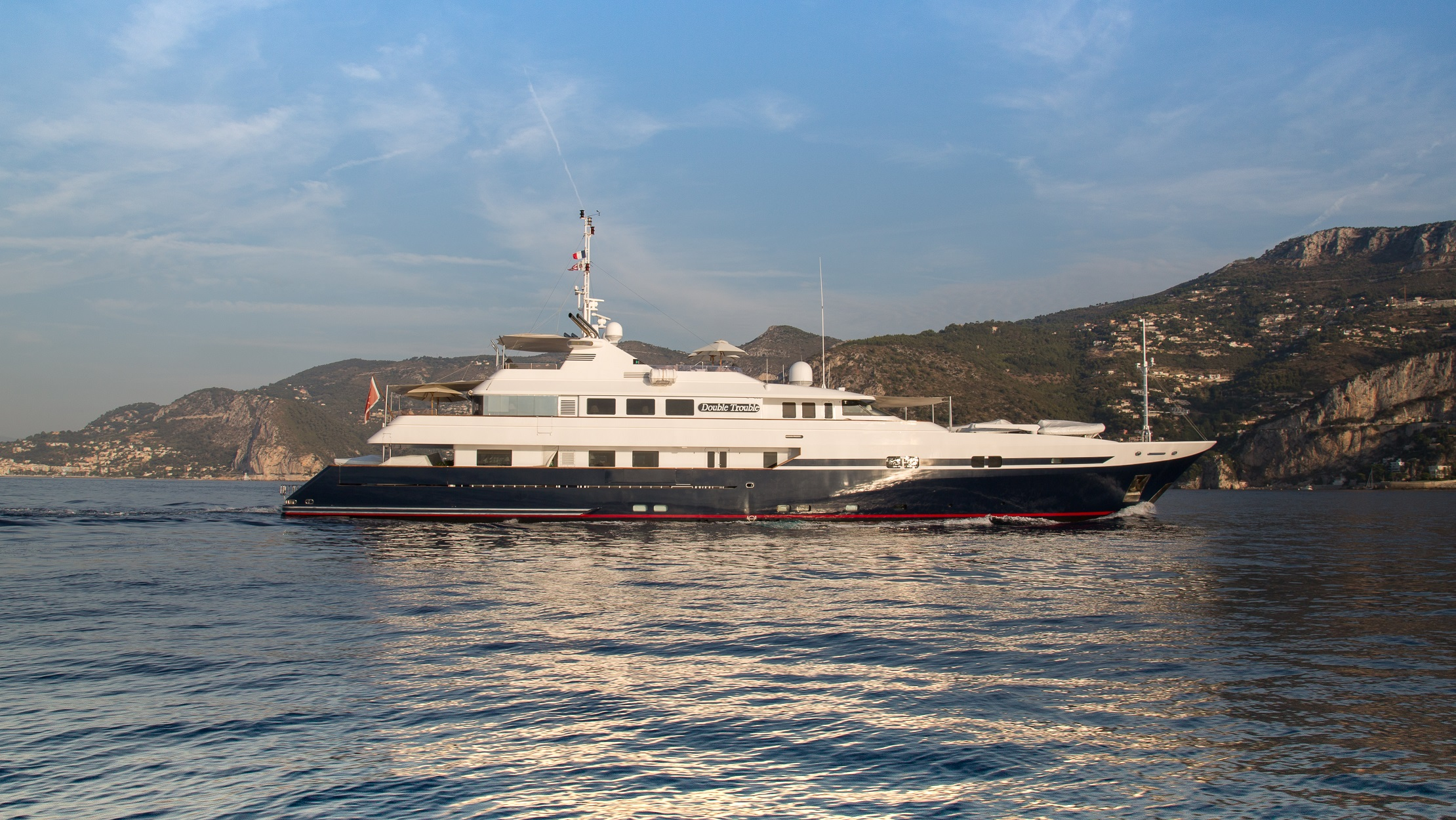 M/Y DOUBLE TROUBLE – Sold!