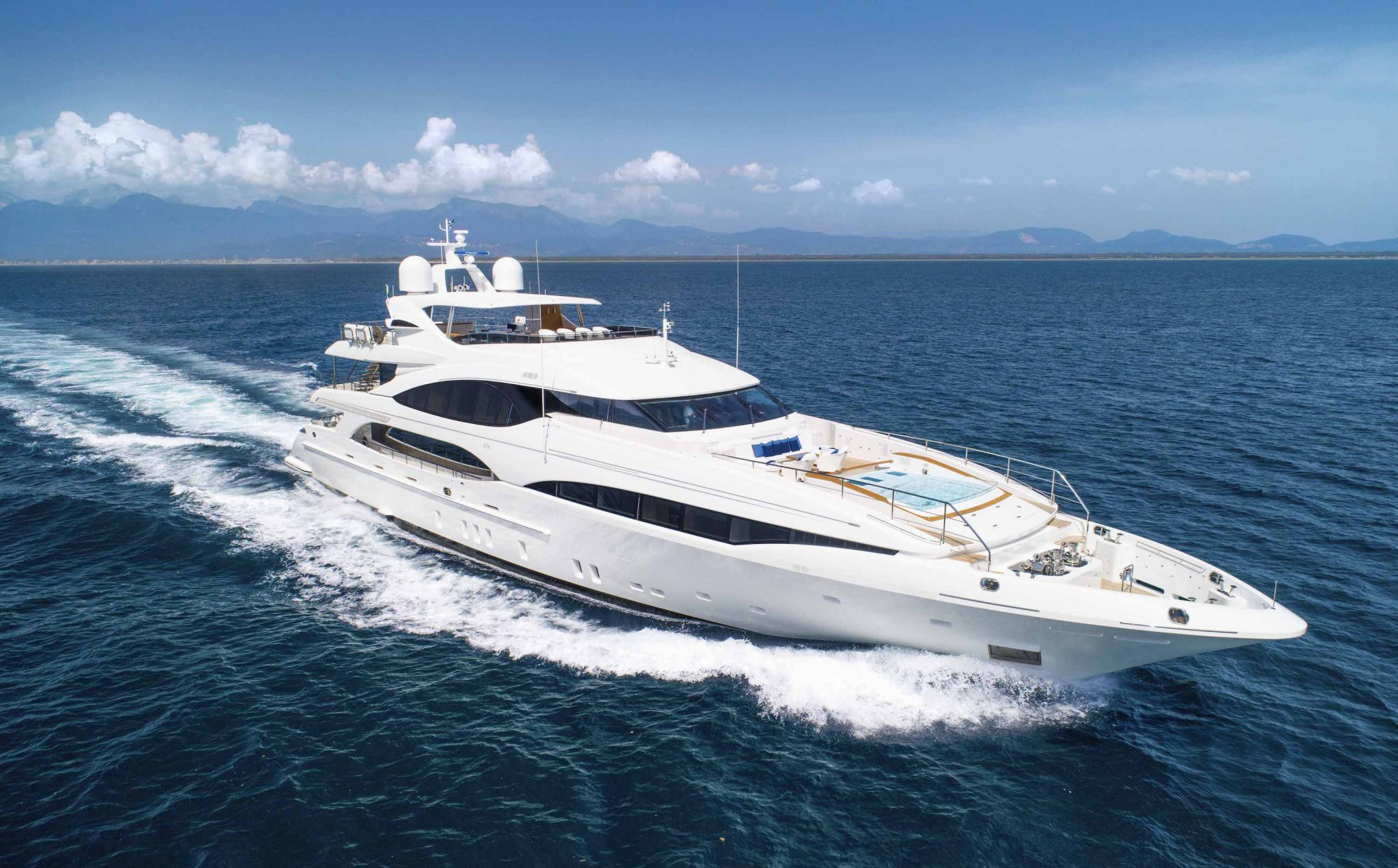 Another €2.5M Price Reduction on Superyacht Q95