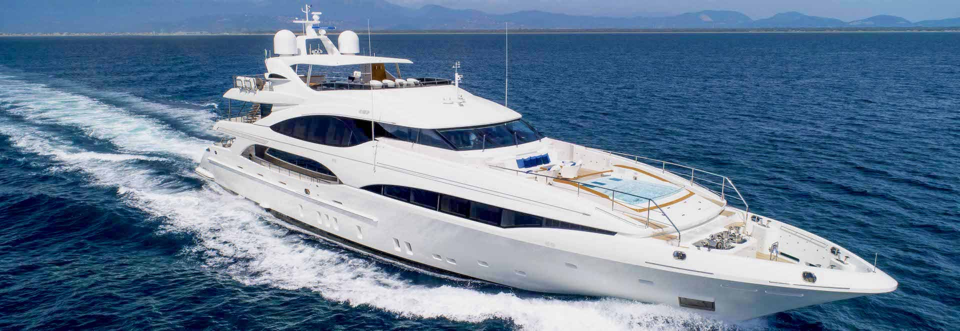 Superyacht Q95 – €3M Price Reduction on Mangusta for sale