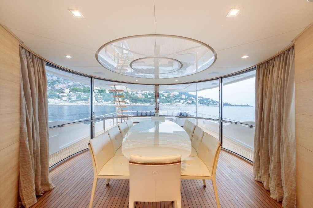 yacht-seven