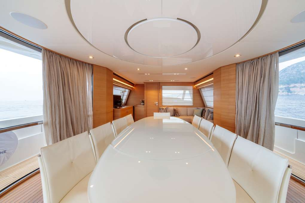 seven-yacht-for-sale