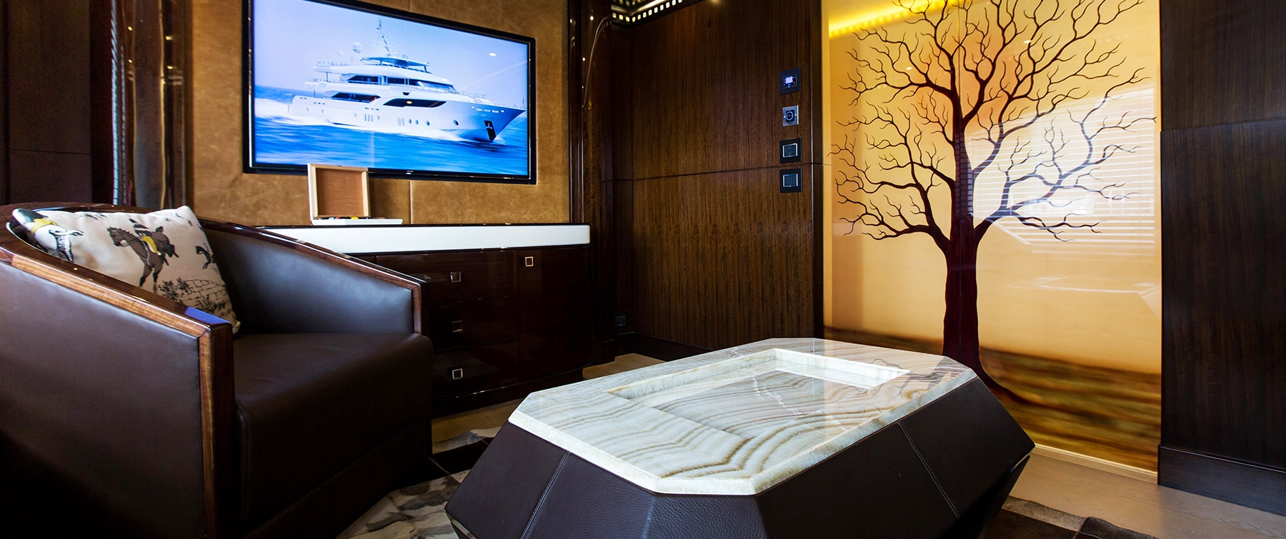my escape luxury motor yacht