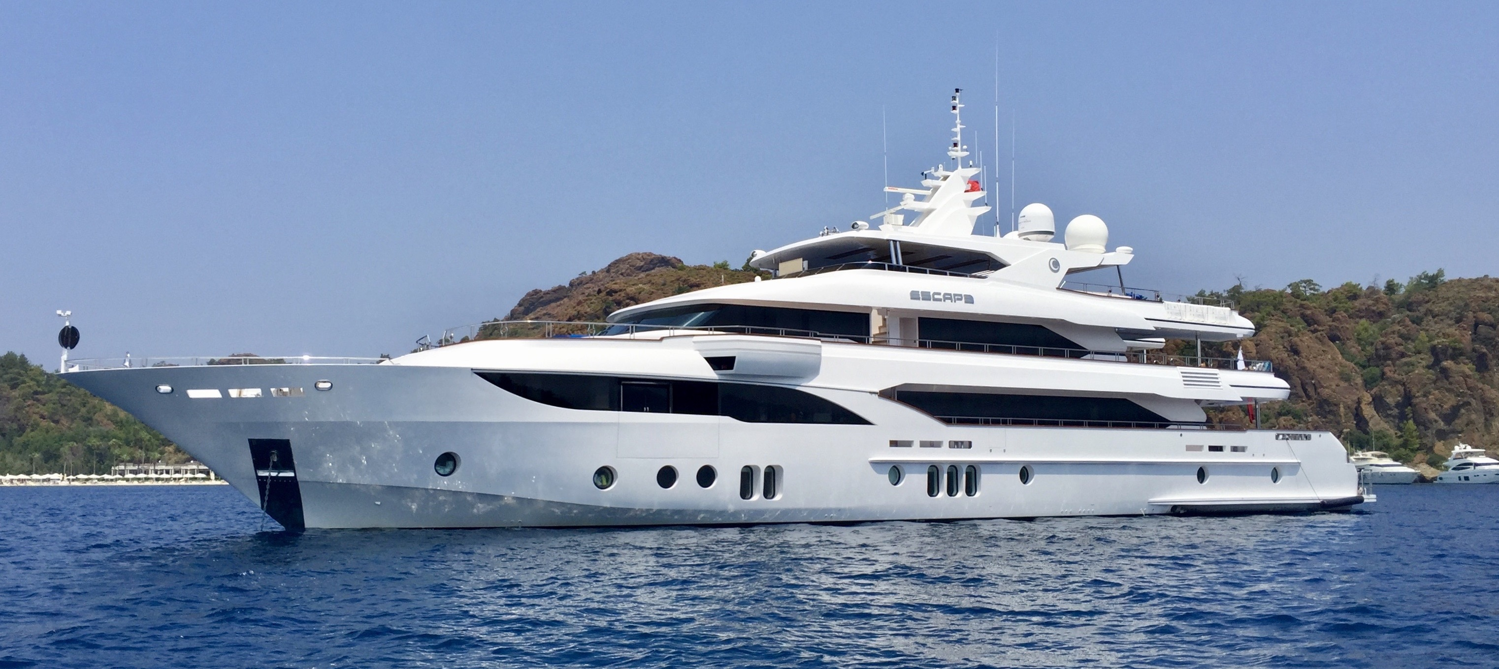 luxury motor yacht sales my escape