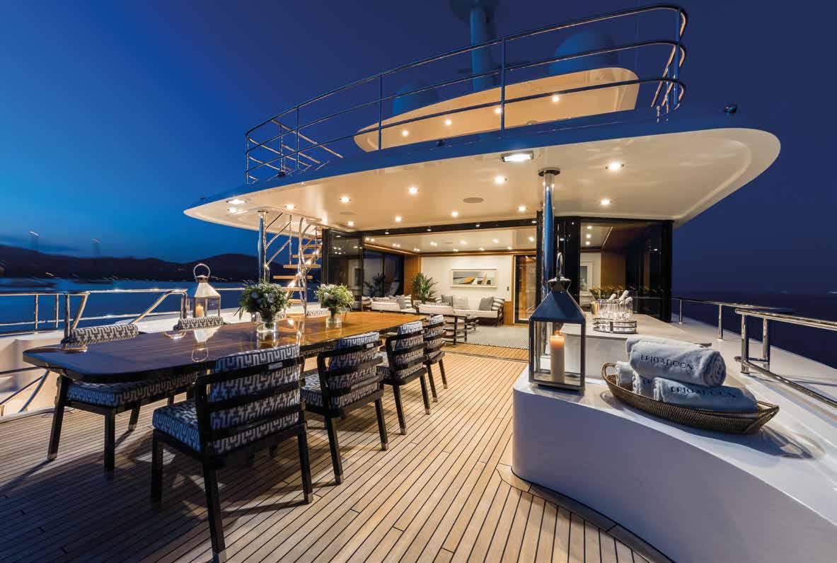 M/Y MOONEN Y201 yacht for sale bottom deck