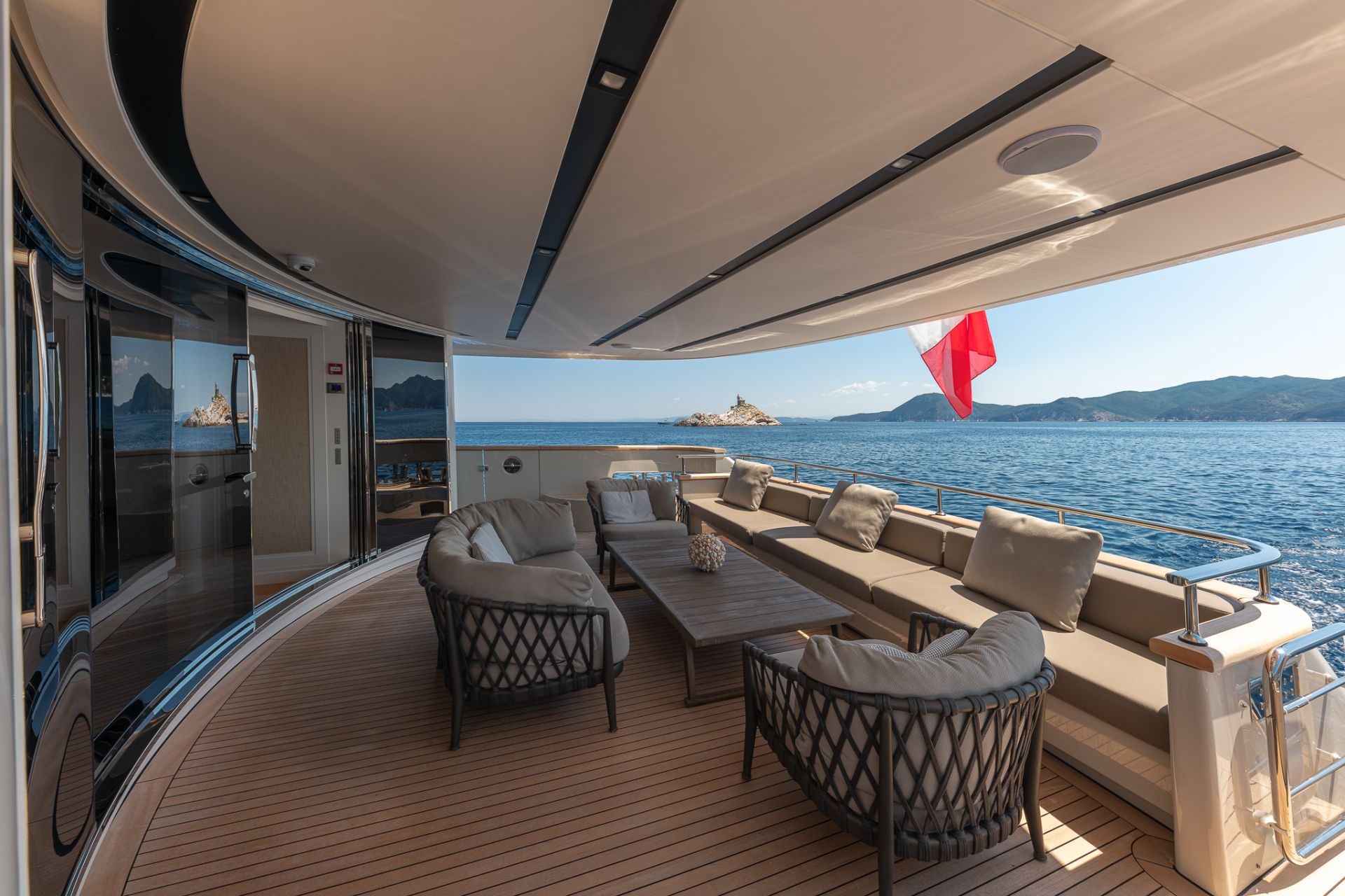 M/Y MY WAY Yacht for Charter