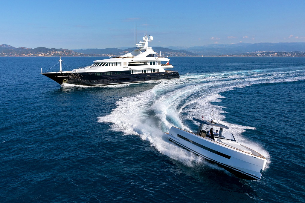 M/Y HELIOS yacht for charter