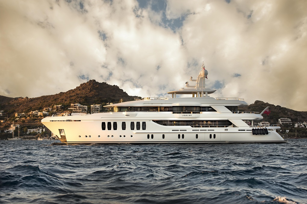 M/Y LIQUID SKY yacht for charter with YACHTZOO