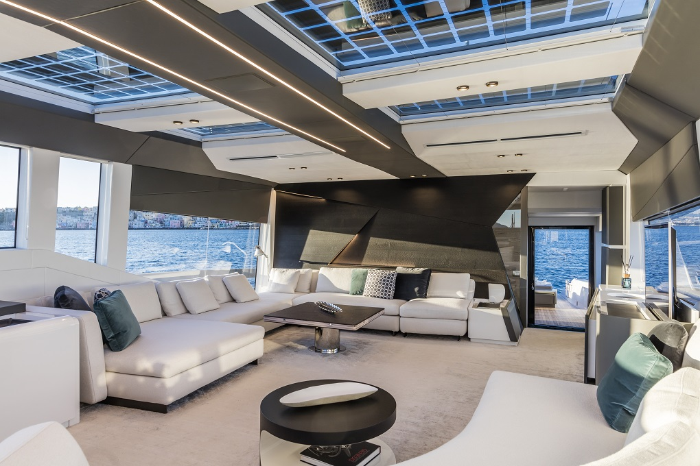 M/Y MOANNA I yacht for charter salon