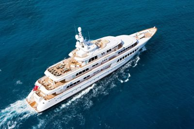 M/Y UTOPIA yacht for charter with YACHTZOO