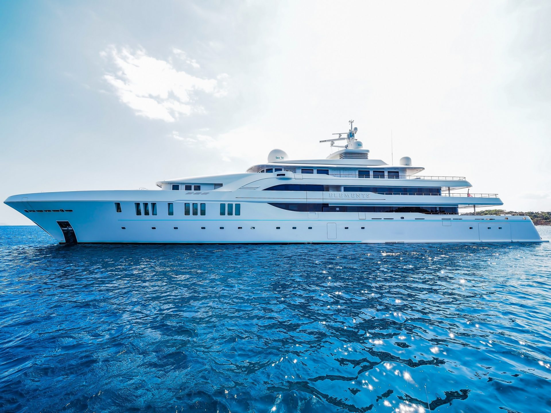 M/Y ELEMENTS yacht for charter