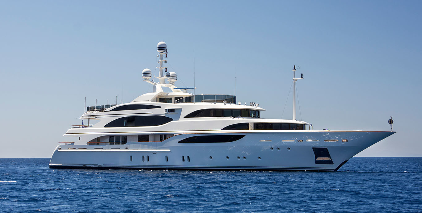 M/Y AE CAP D'ANTIBES yacht for sale anchored