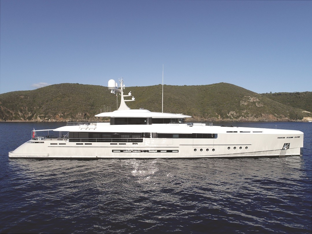 M/Y ENDEAVOUR II yacht for sale at anchor