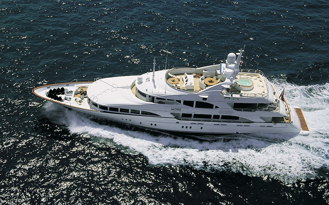 M/Y MORE yacht for sale underway