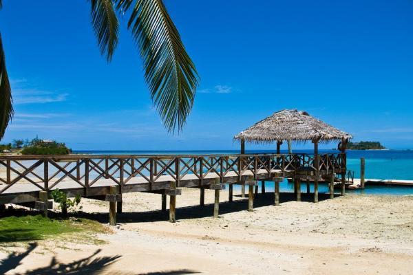 Beach pontoon on Fiji yacht charter