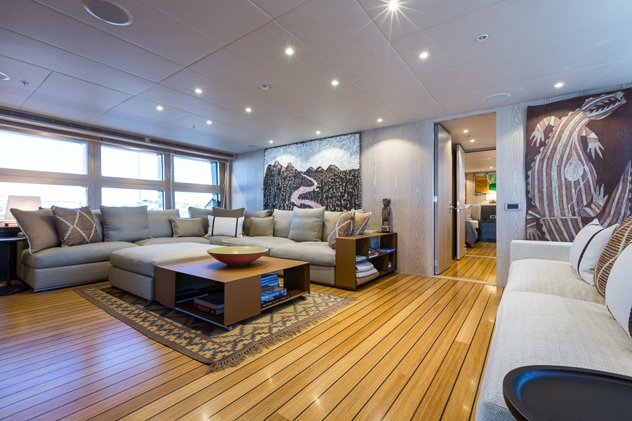 M/Y AKIKO yacht for charter living room