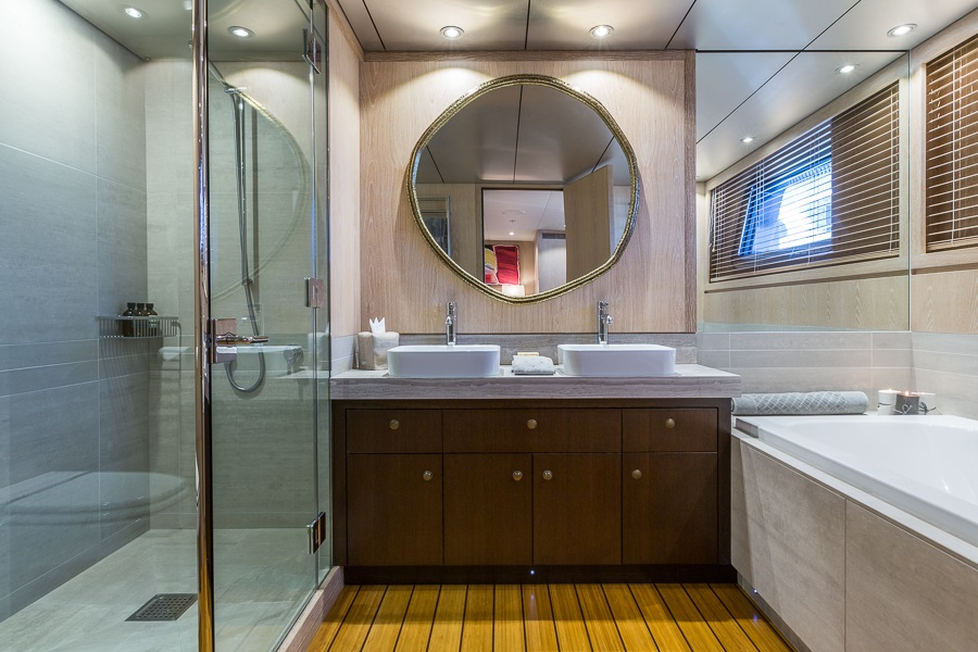 M/Y AKIKO yacht for charter luxury bathroom
