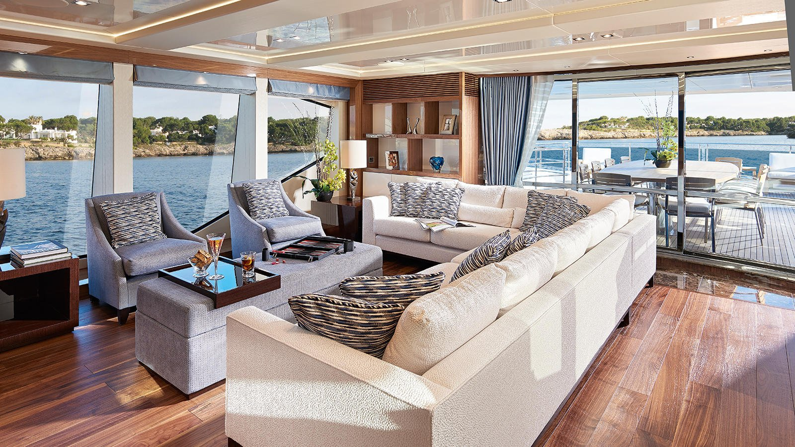 M/Y AMWAJ Yacht for Sale Saloon