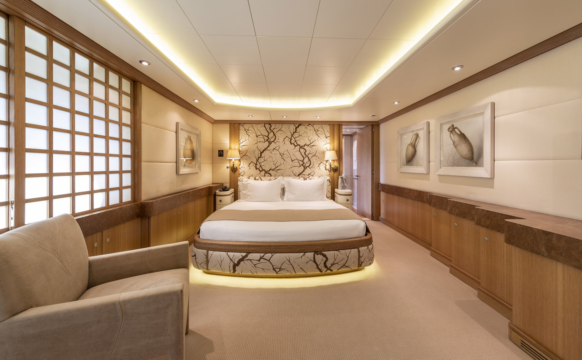 m/y alexandra yacht for charter double cabin