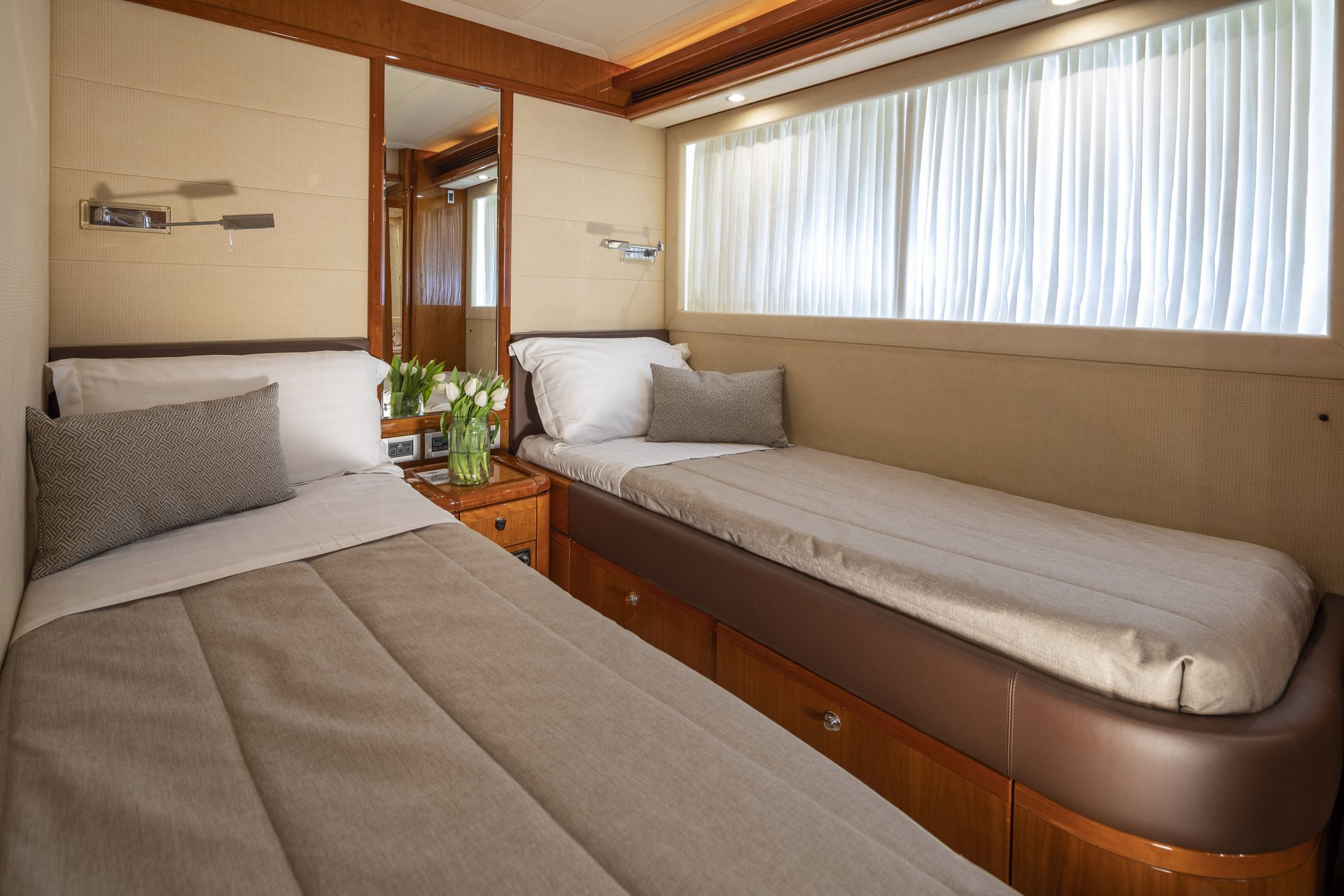 m/y astarte yacht for charter twin bed cabin
